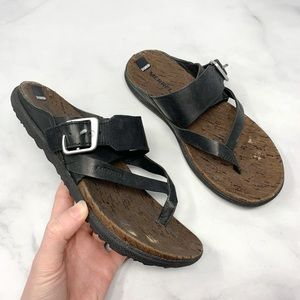 Merrell Around Town Leather Thong Molded Sandals 6